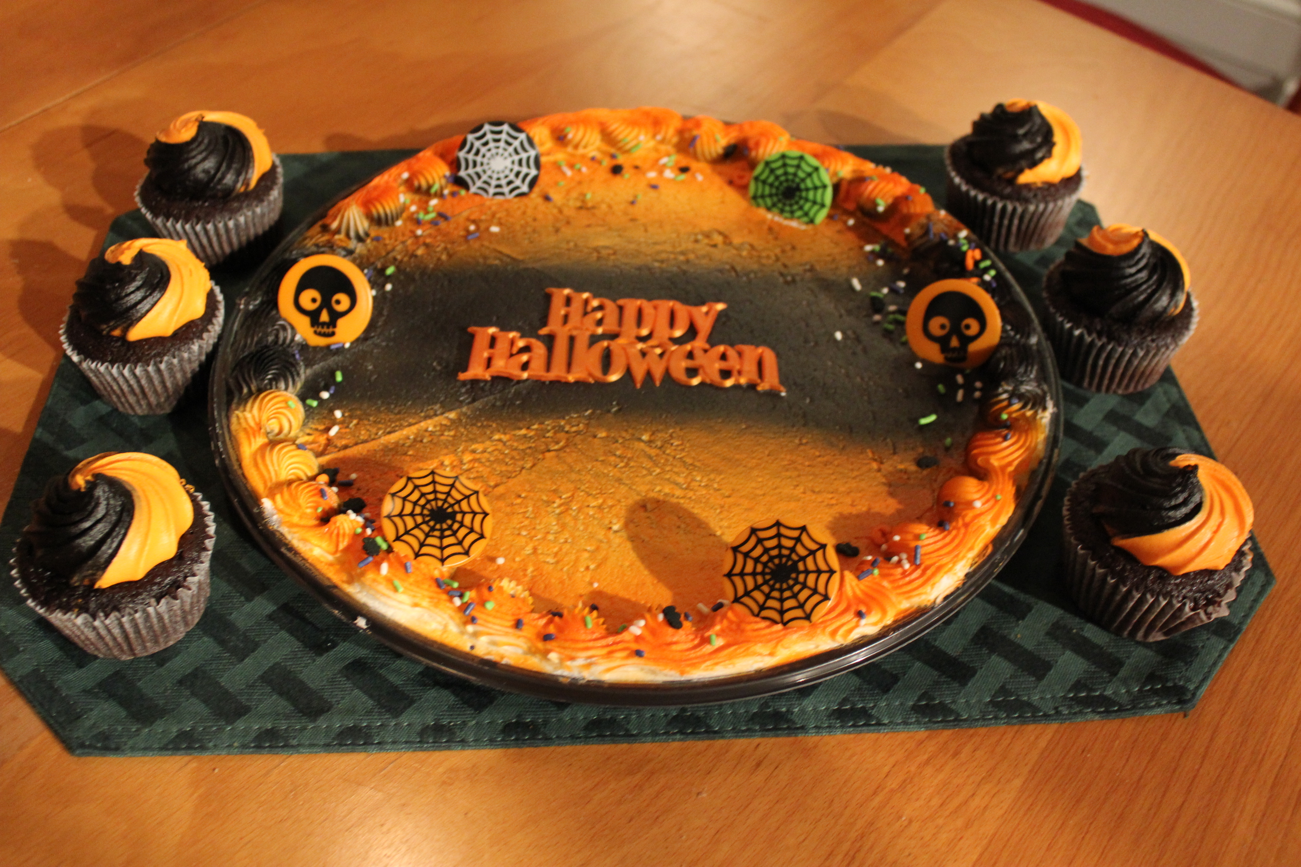 Tip of the month october 2012 make these easy and for Easy halloween cakes to make at home