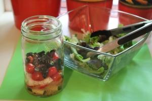 Assembling salad in a jar