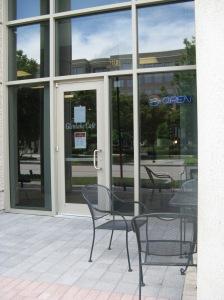 Glenlake Cafe exterior