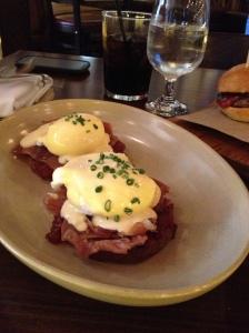 Tavernita's Eggs Benedict