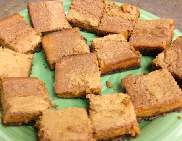 Plate of Krusteaz Pumpkin Pie bars