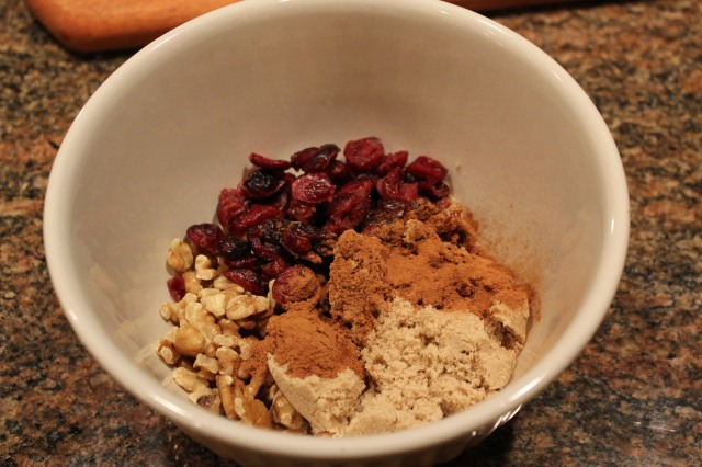 Mix cranberries nuts brown sugar and cinnamon