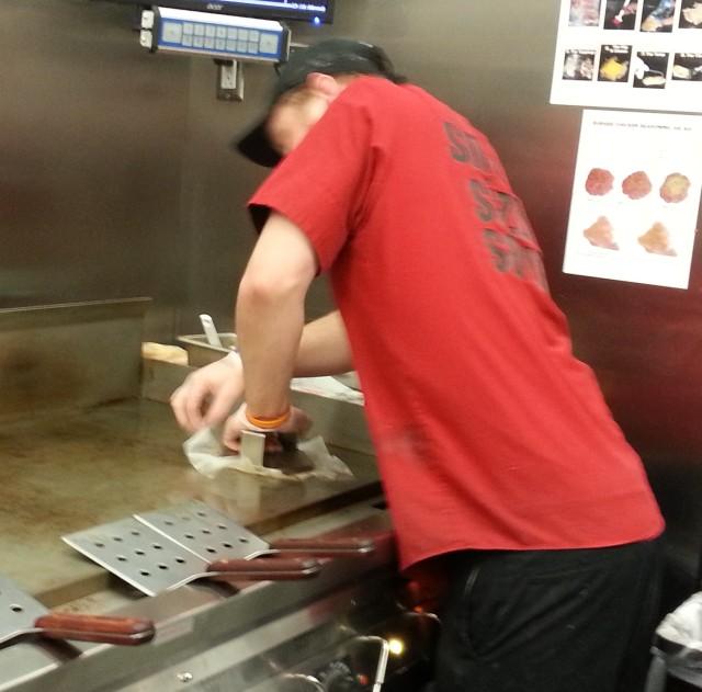 Smashing the burger