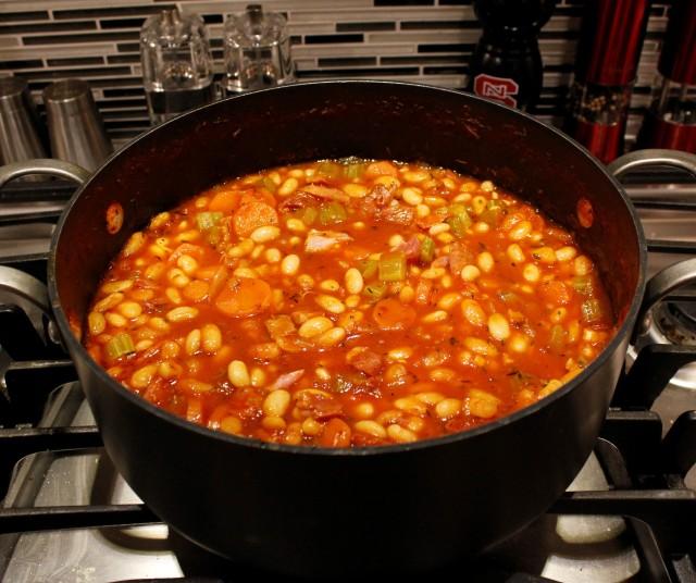 Kel's ham bean tomato soup