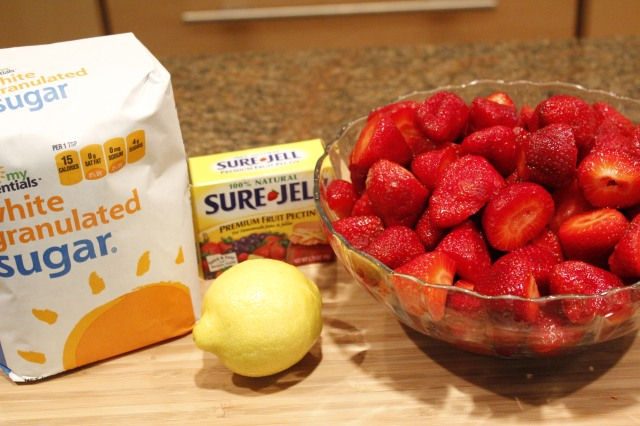 Kel's Strawberry preserve ingredients
