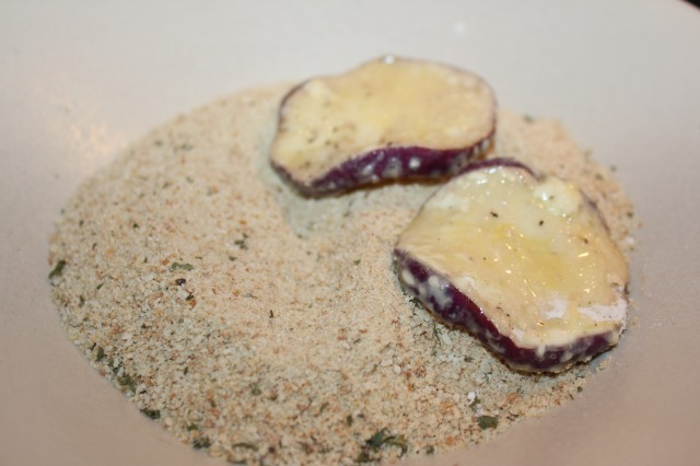 Coat eggplant with breadcrumbs
