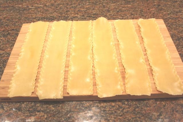Drain lasagna noodles