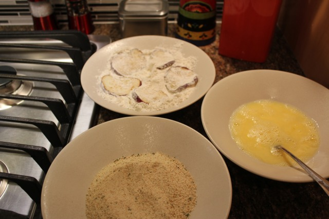 Prepare flour, eggs and breadcrumbs