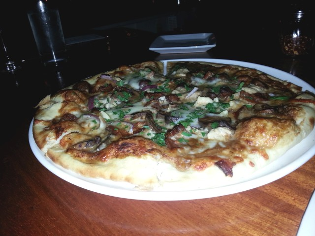 Pizza at Social