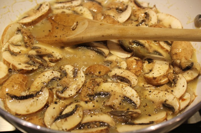 Add mushrooms to sauce