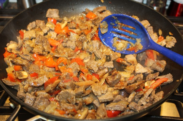 Mix meat and veggies