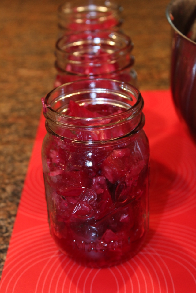 Fill jars with beet salad