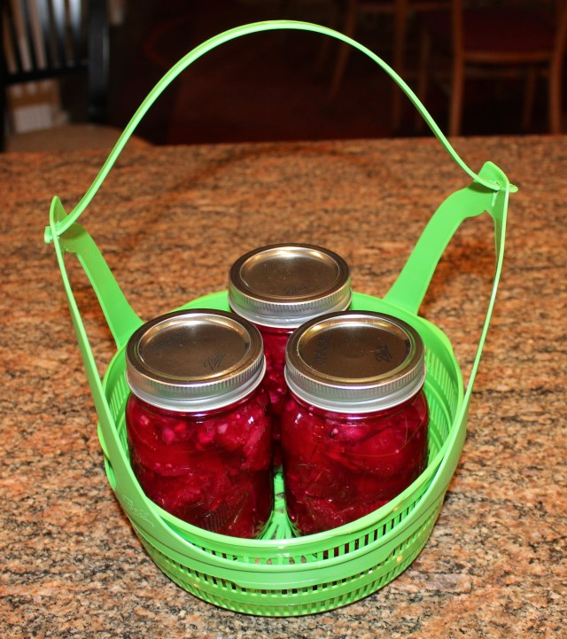 Place beets in canning rack