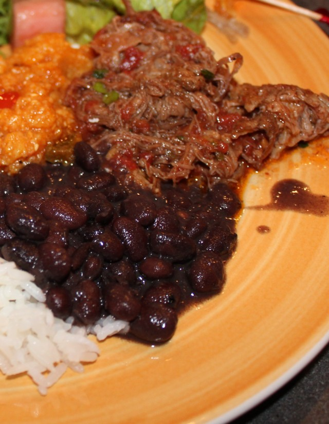 ropa vieja with black beans