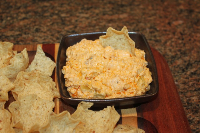 Kel's buffalo chicken dip with Scoops