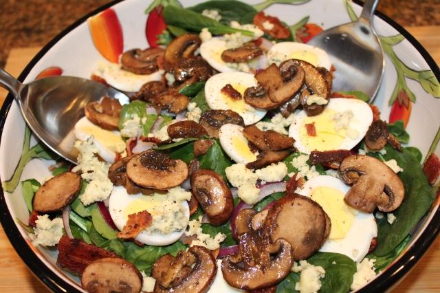 Kel's Splendid Spinach salad