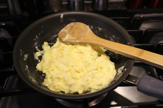 Fluffy cheese eggs
