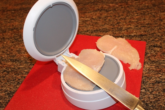 Pampered Chef Close & Cut