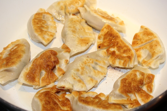 flip-pot-stickers-when-browned