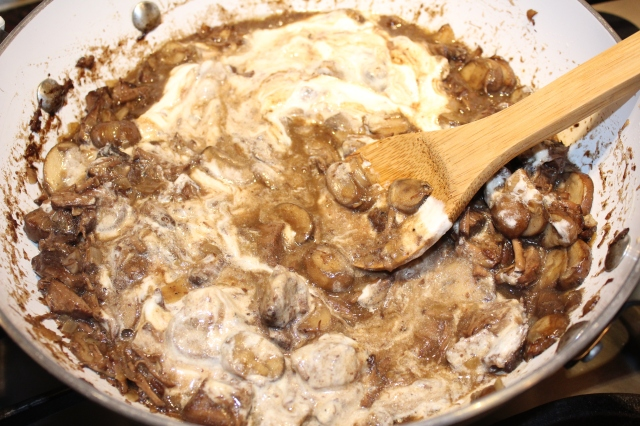 stir-in-sour-cream-to-kels-beef-stroganoff