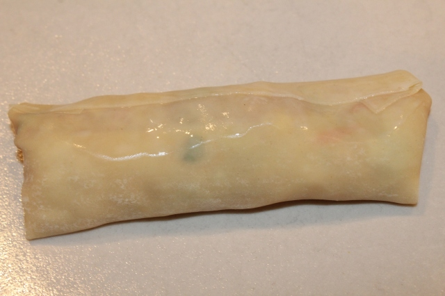 seal-egg-roll-wrapper-edges-with-water