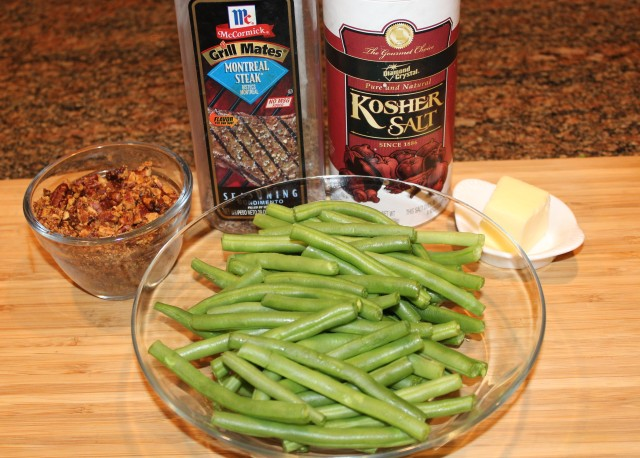 spiced-pecan-green-beans-ingredients