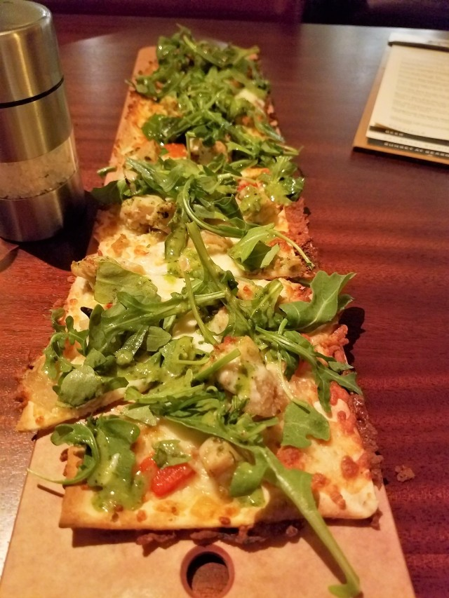 Garlic chicken pesto flatbread