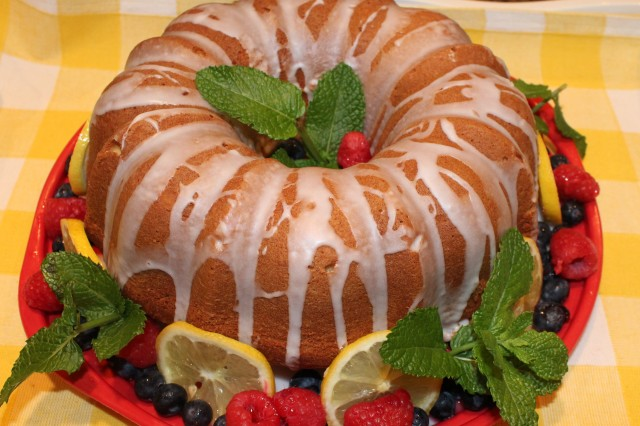 Kel's Luscious Lemon Bundt Cake