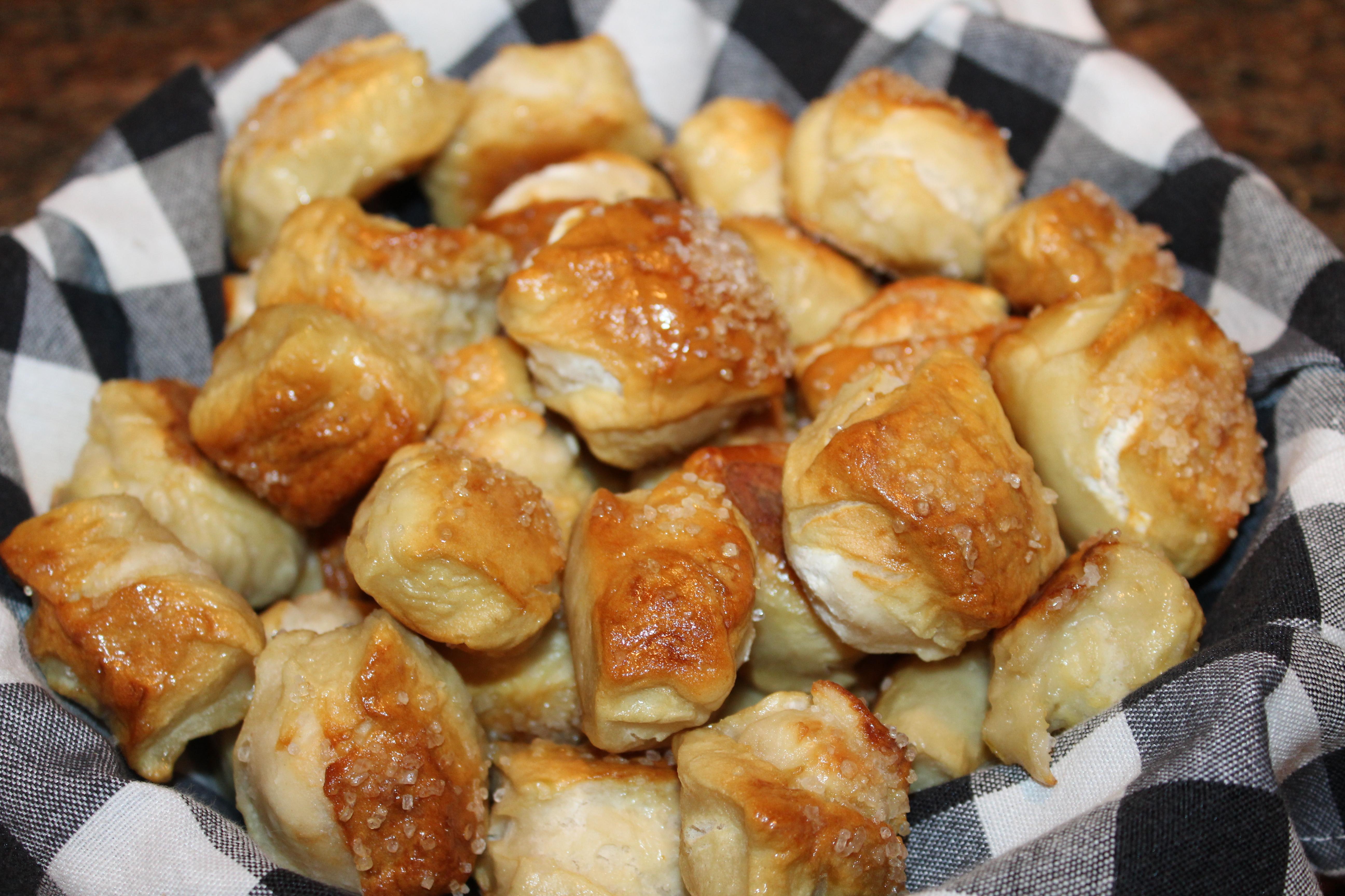 Kel's Cafe Pretzel Bites