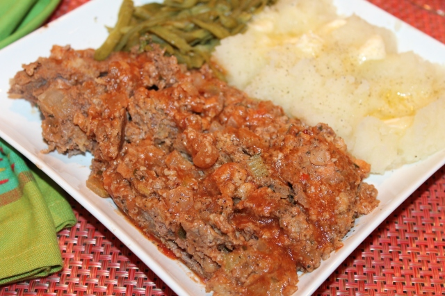 Serve elk meatloaf with potates and green beans
