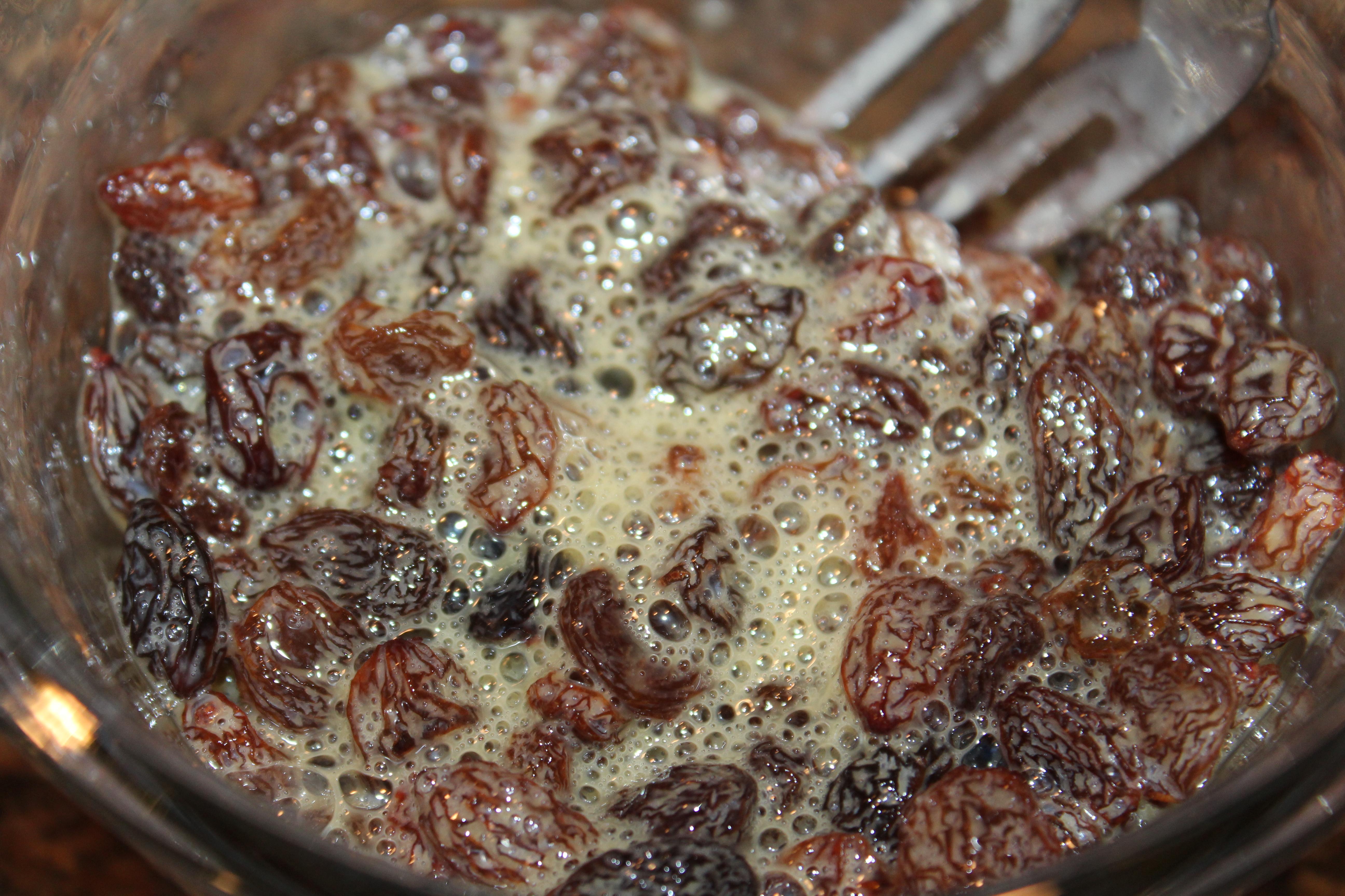 soak raisins